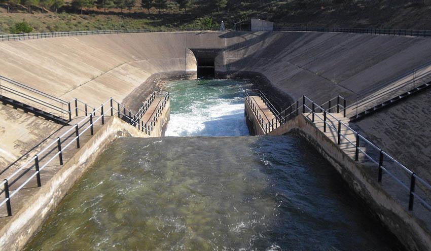 Los nuevos planes hidrológicos incumplen la normativa de aguas, según WWF