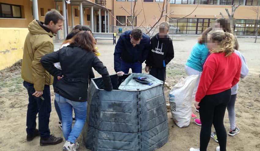El Consorcio Valencia Interior enseña a compostar en casa para reducir los residuos