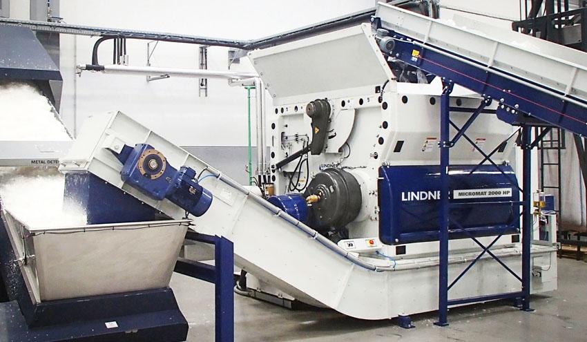 Micromat HP de Lindner: alto rendimiento en la trituración de residuos plásticos y otros residuos