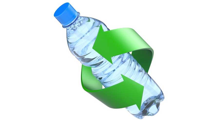 Los envases de bebidas sin gas de Coca-Cola ya cuentan con un 50% de PET reciclado