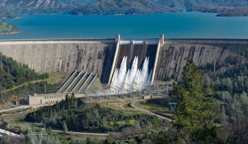 """Andrés del Campo: """"El agua de los ríos se aprovecharía menos de un 10% si no fuera por las presas"""""""