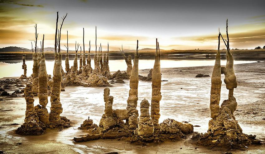 Cómo la contaminación ha creado arte en la balsa de lodos tóxicos más grande de Europa