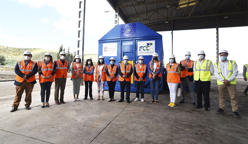 La planta de Alhendín comienza la puesta en marcha de un innovador sistema de reciclaje de plásticos
