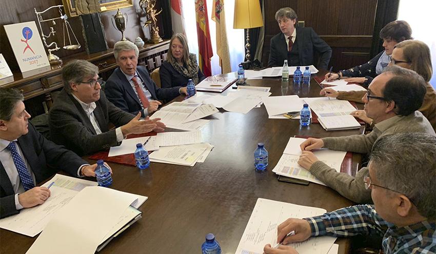 Reunión para analizar el estado de la actuación del proyecto del Saneamiento de Soria