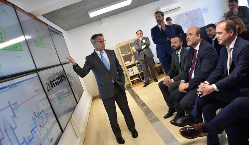 Los edificios de titularidad regional podrán conectarse a la red de calor con biomasa de Guadalajara