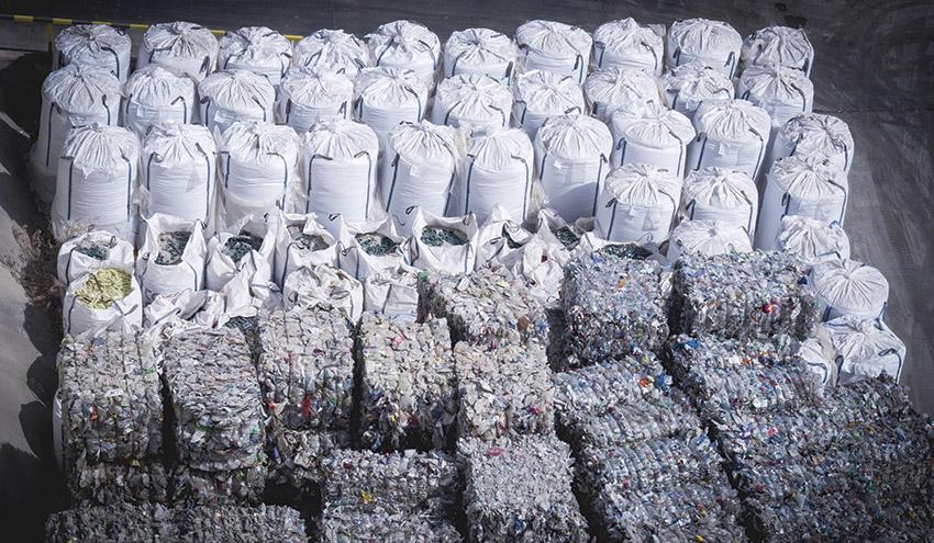 Una segunda vida para más de 40.000 toneladas de botellas de plástico