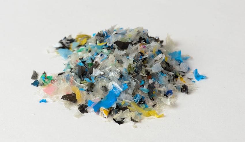 Residuos de plástico en la Unión Europea: hacia más reciclaje y la prohibición de partículas micro