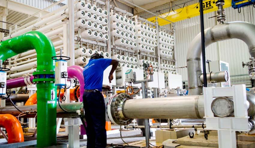 Abengoa vende su participación en la desaladora de Ghana para asegurar su plan de viabilidad