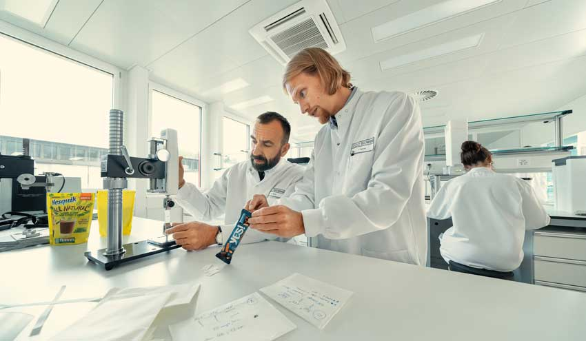 Nestlé refuerza su compromiso de reducir en un tercio el uso de plásticos vírgenes para 2025