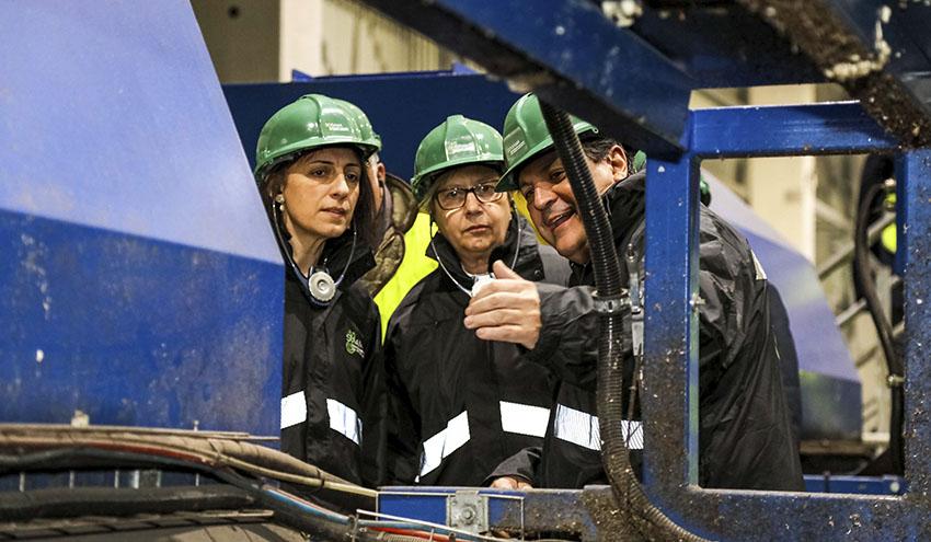 Ángeles Vázquez destaca los 20 años de trabajo de Sogama para situar a Galicia a la cabeza en reciclaje