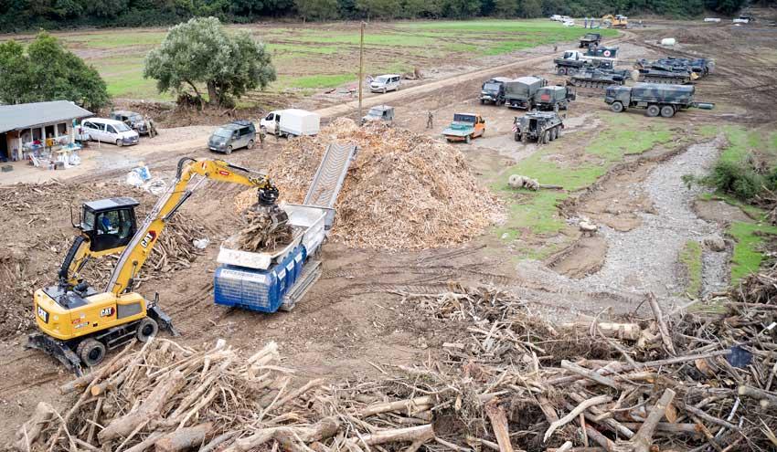 La trituradora Urraco 95DK de Lindner, apoyo indiscutible en las áreas inundadas en Alemania