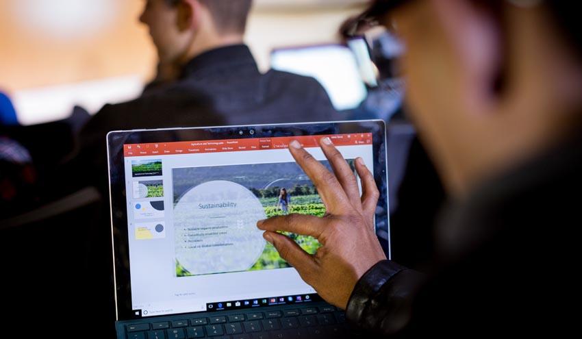 Microsoft se une a Forética trabajando en iniciativas que impulsen una digitalización responsable y sostenible