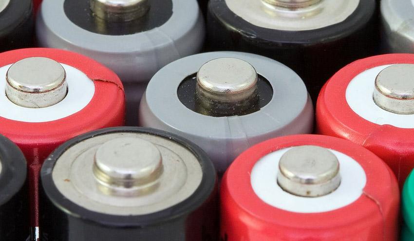 Hesperia gestionará sus residuos electrónicos y pilas usadas con el apoyo de Recyclia