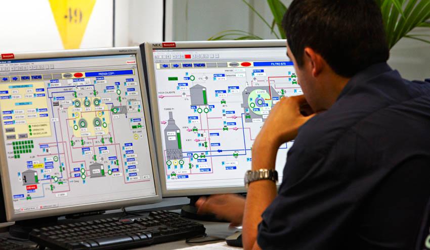 Ence se hace con la planta de generación de energía con biomasa de Lucena en Córdoba