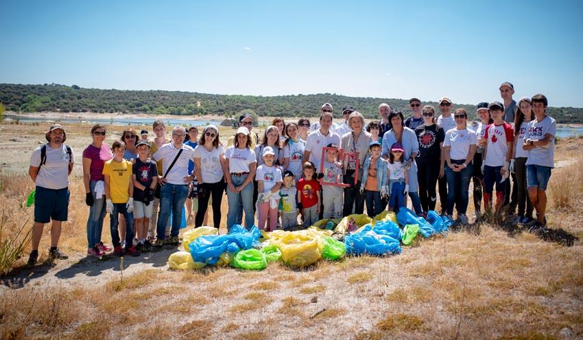La iniciativa '1m2 por la naturaleza' logra retirar 83 toneladas de basuraleza