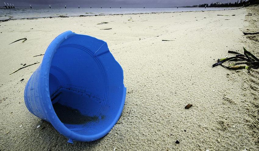 La industria del plástico insta a la Comisión Europea a priorizar la mejora en la gestión de residuos