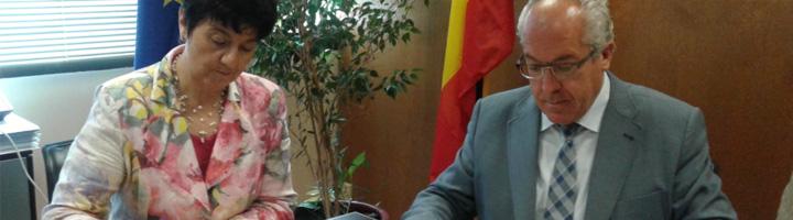Acuaes firma un convenio para la redacción del proyecto actualizado de mejora del abastecimiento a Jaca