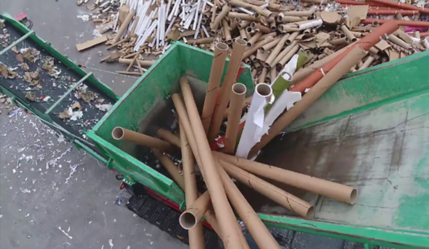 Trituración de tubos de cartón y papel con HAAS TYRON