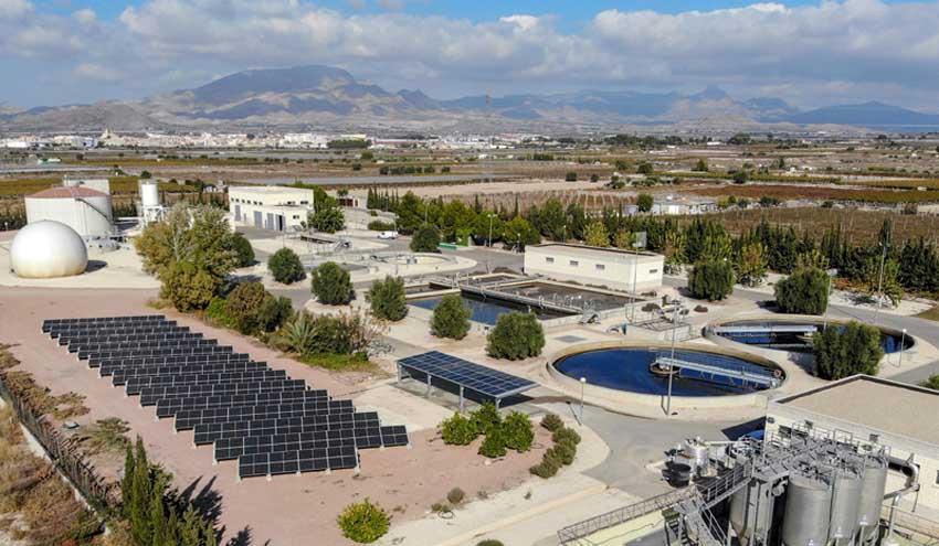 Las placas fotovoltaicas en las depuradoras de la EPSAR reducen 2.200 toneladas de CO2 al año