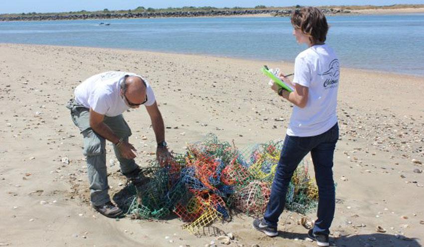 """PlasticFam, ganador del concurso del proyecto """"Mares Circulares"""" de Coca-Cola"""